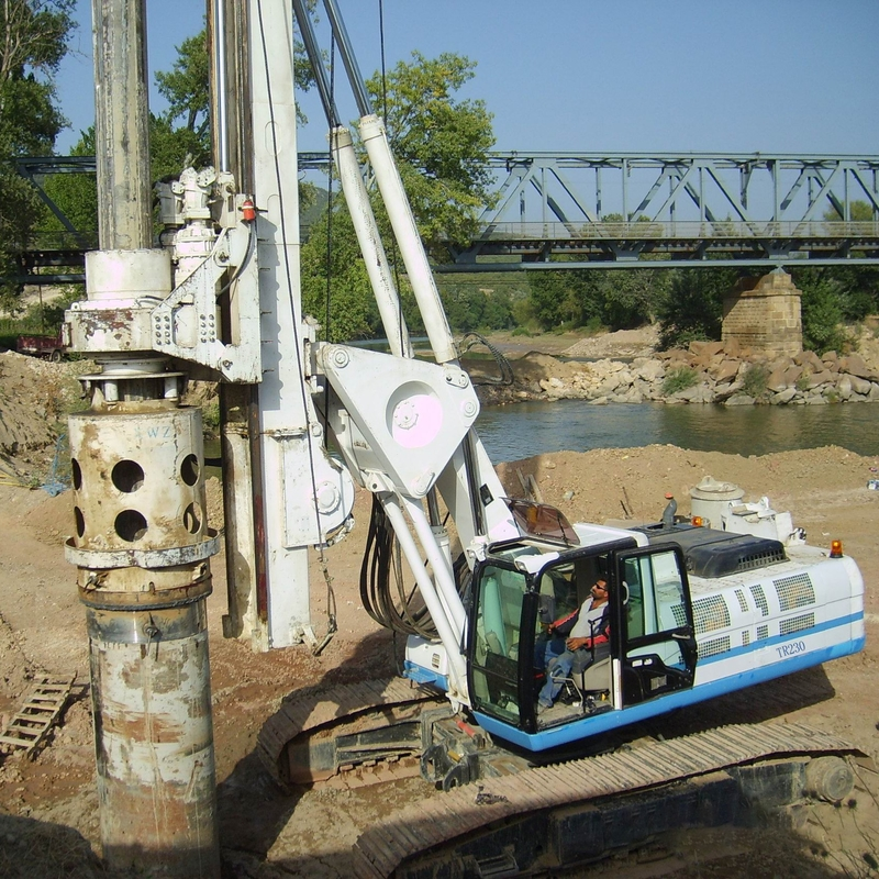68m Depth 2000mm Diameter 232kw Crawler Rig